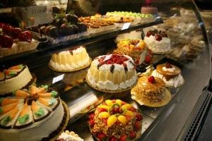 pasteles y productos de visualización al horno